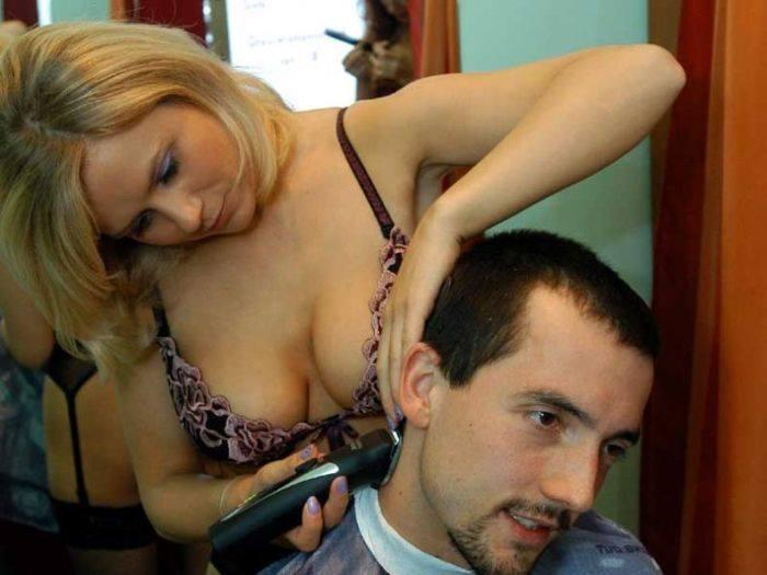 Tindakan seorang tukang gunting rambut berusia lewat 30-an mencabul seorang pelanggan wanita di premisnya di Jinjang, di sini, ...